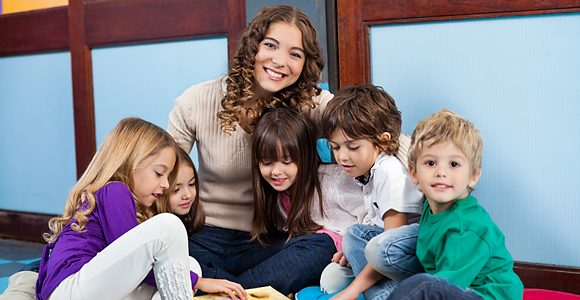 Take a certified nanny course with Ashton Warner Nanny Academy and become a professional nanny